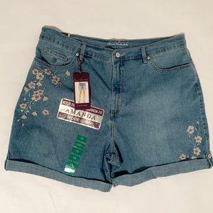Gloria Vanderbilt Amanda Floral Embroidered Shorts